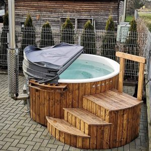 Burford Cotswold Eco Hot Tub